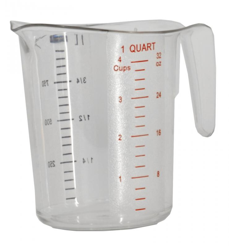 1 QT / 1000 ml Clear Polycarbonate Measuring Cup - Omcan